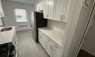 Bathroom, Crestwood Lake Apartments, 1