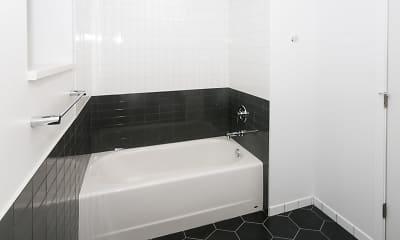 Bathroom, 5474-5480 S. Hyde Park Boulevard, 2