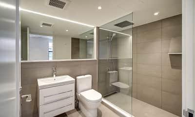 Bathroom, The Stanton, 2