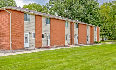 Oakwood Park Apartments, 1