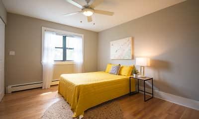 Bedroom, 6720 N Sheridan, 1