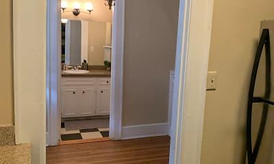 Lindsay 414 Apartments, 2