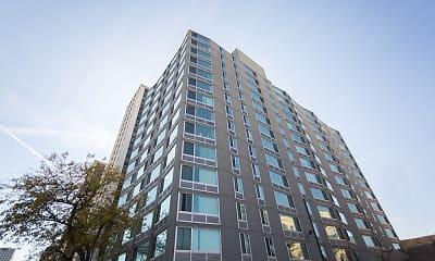 Building, The Covington, 0
