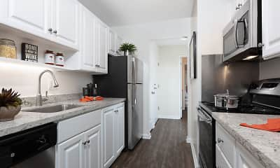 Kitchen, Oak Creek Apartments, 1