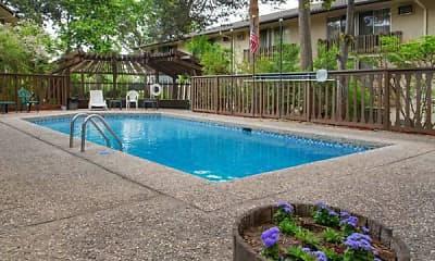 Pool, Oakridge on the Green, 1