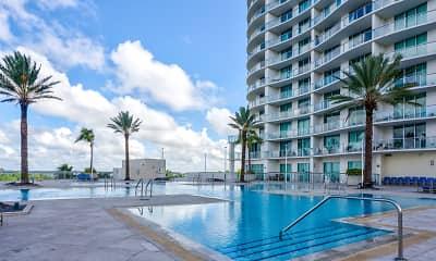 Pool, Oasis Grand, 1