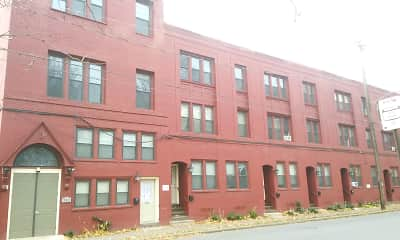 Building, Williamsport Apartments, 0