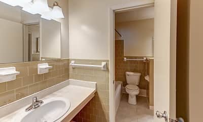 Bathroom, Turnberry Wells, 2