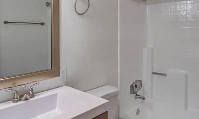 Bathroom, Tides on Main, 2