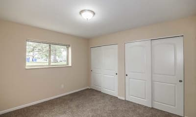 Bedroom, Lakemont, 2