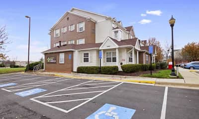 Building, Furnished Studio - Chantilly - Dulles, 0