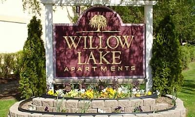 Community Signage, Willow Lake, 0