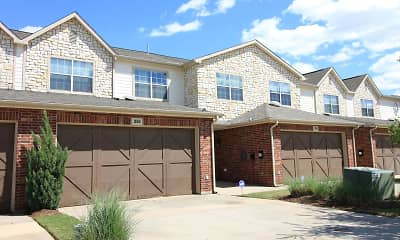 Building, Oaks Estates of Coppell, 2