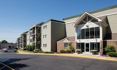 Building, Pheasant Park Apartments, 2