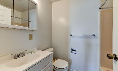 Bathroom, Sussex Court Apartments, 2
