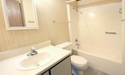 Bathroom, Wentworth Estates, 2