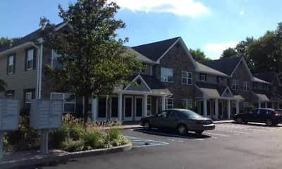 Building, Fairfield Courtyard East At Farmingdale Village, 1