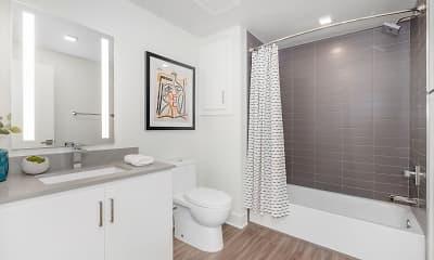 Bathroom, The Q Variel, 2
