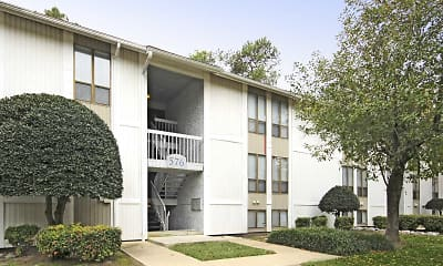 Chapel Lake Apartments, 1