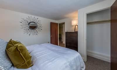 Bedroom, Brattle Drive Apartments, 1