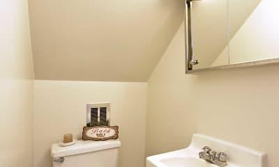 Bathroom, Oak Hill Townhomes, 2