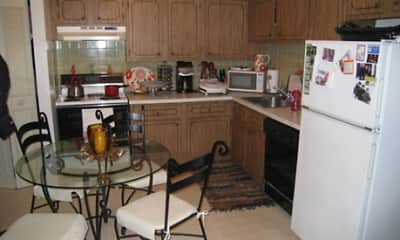 Kitchen, Grafton Colonial Apartments, 2