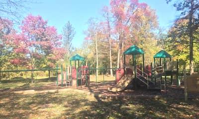 Playground, 5 East, 2