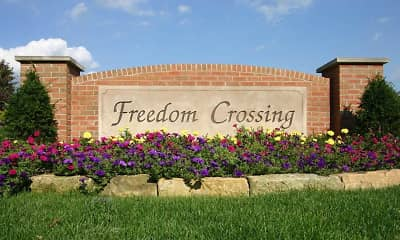 Landscaping, Freedom Crossing Apartments, 1