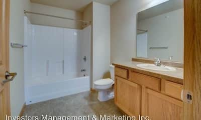Bathroom, Meadow Ridge Apartments, 2