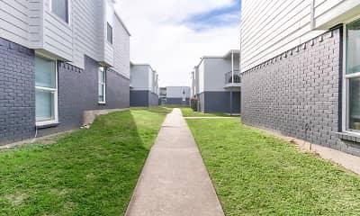 Building, Hunnicut Park, 1