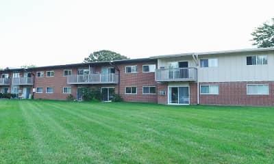 Building, Cedar Creek Apartments, 2