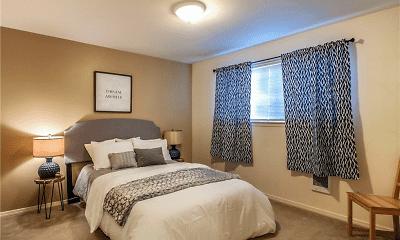 Bedroom, Lakeside, 2