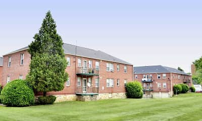 Building, Green Acres Apartments, 2