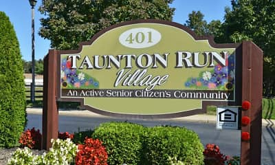 Community Signage, Taunton Run Village 55 Senior Living, 2