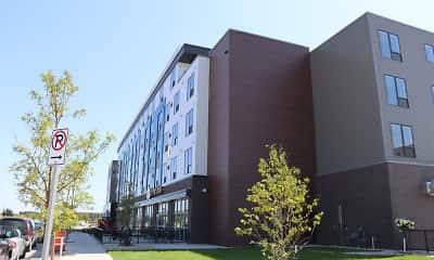 Building, Gateway Apartments, 1
