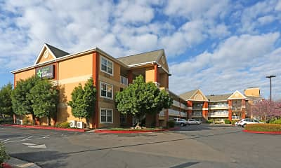 Building, Furnished Studio - Fresno - North, 0