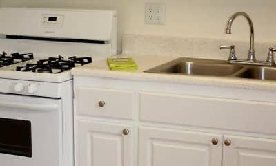 Kitchen, Highlander Pointe I, 2