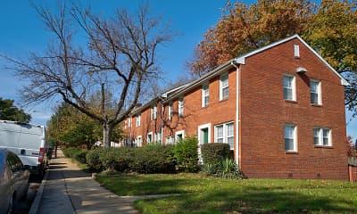 Building, Fort Henry Gardens, 0