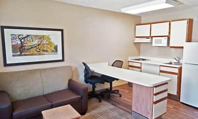 Kitchen, Furnished Studio - Charleston - Airport, 1