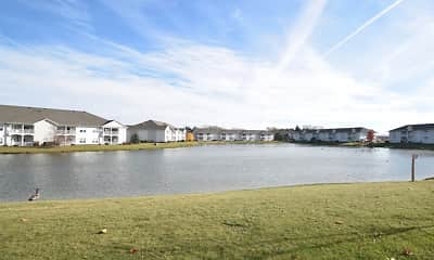 Lake Pointe Apartment Homes, 2
