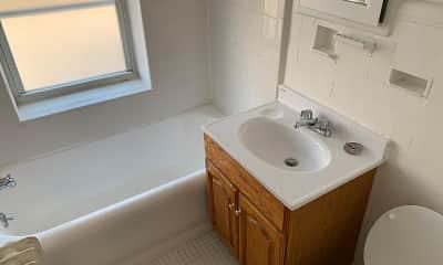 Bathroom, Lynn York Apartments, 2