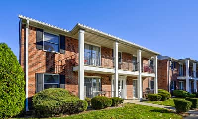 Building, Maple Crest Apartments, 1