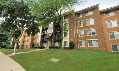 Building, Chesapeake Glen Apartment Homes, 2