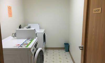 Plisch Apartments, 0