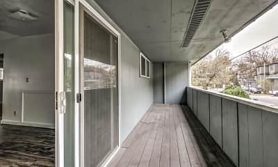 Patio / Deck, Oregon Trail Apartments, 2