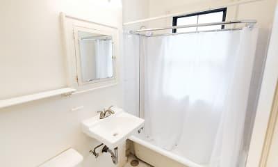 Bathroom, Garfield Court, 2