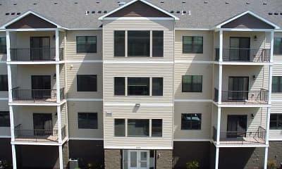 Building, Cobblestone Apartments on Parkway, 2