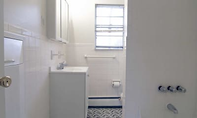 Bathroom, Lexington Village Apartments, Clark, NJ, 2