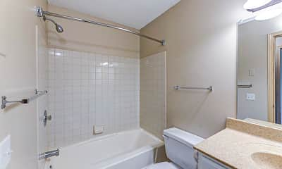 Bathroom, Lakewood Hills Apartments, 2