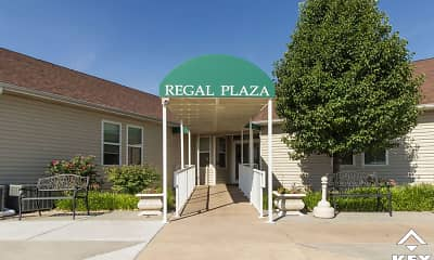 Regal Plaza And Cottages, 0